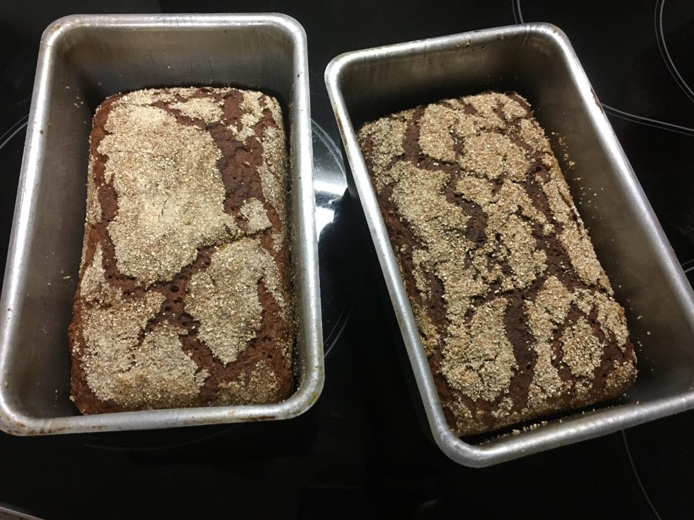 Waldstaudenroggenbrot in der Backform